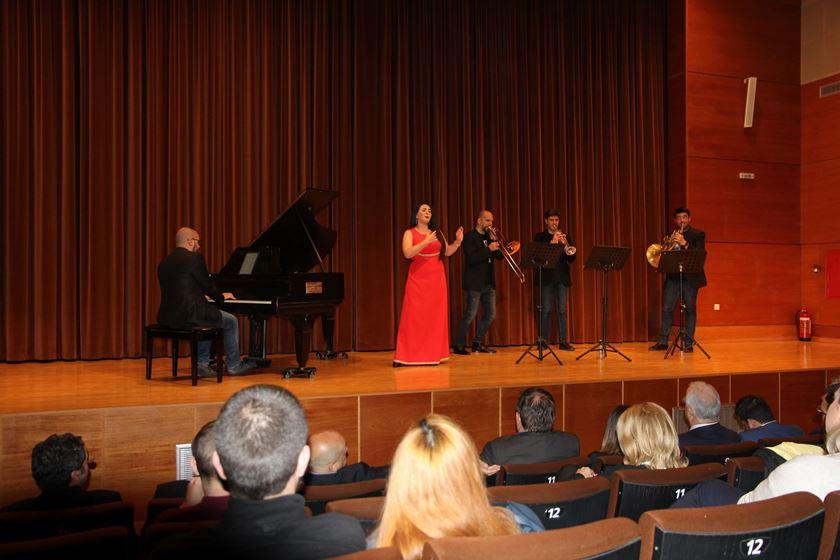AERIS AETERNAM:Πασχαλινό ταξίδι  στην όπερα